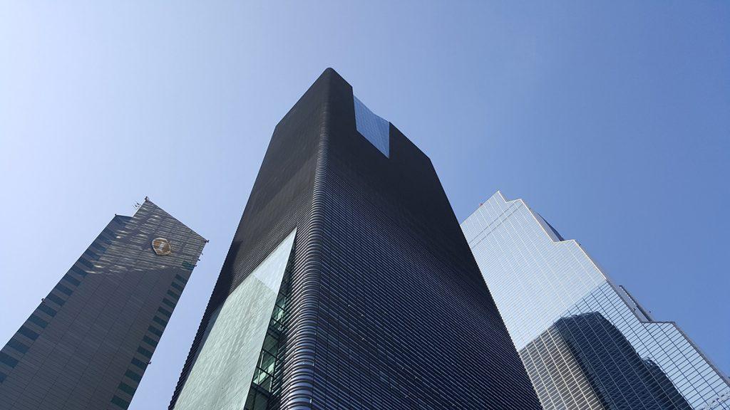 skyscraper-3249563_1920